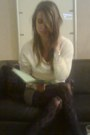 Stefanel-sweater-mango-tights-stradivarius-skirt