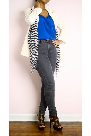 Forever 21 top - Urban Outfitters jeans - Urban Outfitters scarf - Pelle Moda sh