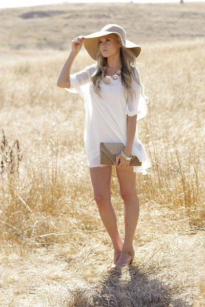 white Lucy Love dress - camel Lucy Love hat