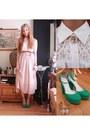 Forever21-blouse-skirt-heels