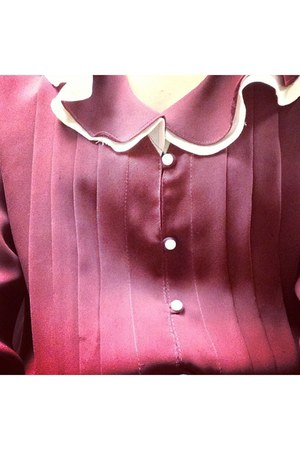 brick red old fashioned blouse