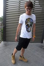 Rue-21-shorts-black-frame-tommy-hilfiger-glasses-butterfly-skull-h-m-t-shirt