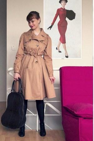 bronze thrifted coat - dark brown Ochnik - black thrifted shoes - ivory KappAhl