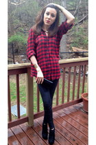 black Steve Madden boots - ruby red H&M shirt - black Zara pants