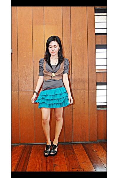 VorVon blouse - VorVon vest - VorVon skirt - VorVon shoes