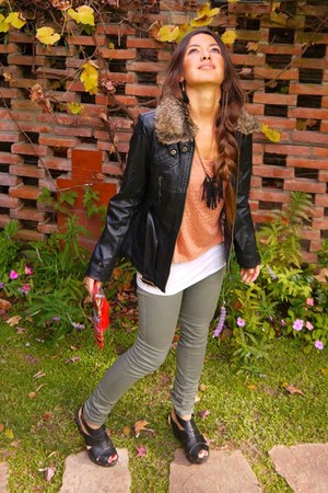 olive green H&M jeans - burnt orange H&M shirt - brick red Todo Moda bag - black