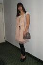 Suede-merona-shoes-ruffled-merona-dress-forever-21-leggings-channel-style-
