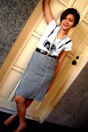 random from Bangkok top - Zara skirt - Vintage Versace belt - Nine West shoes -