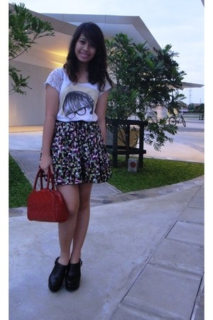 off white lacey Zara top - ruby red Chanel bag - graphic Outlet Central skirt