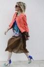 Miss-united-skirt-new-look-top-zara-heels-h-m-vest