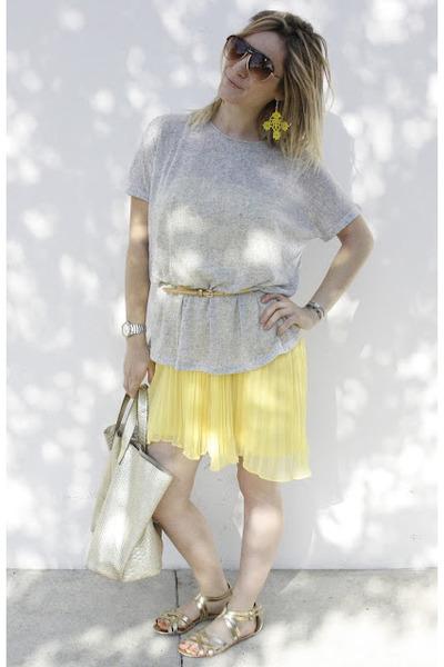 Forever 21 skirt - H&M sunglasses - H&M sandals - Suncoo t-shirt - Manoush belt