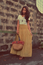 mustard chiffon thrifted skirt - white v-neck t-shirt