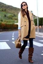 Stradivarius vest - Zara boots - Michael Kors bag - Ray Ban sunglasses