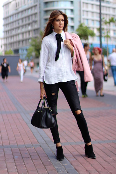 Zara boots - Zara jacket - Guess bag - Zara blouse - Zara panties