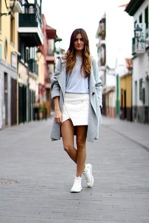 Ivyrevel skirt - nowIStyle hoodie - Converse sneakers
