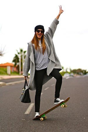 nowIStyle cardigan - Bershka jeans - Stradivarius sunglasses - Converse sneakers
