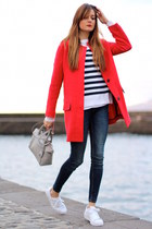 Zara coat - Zara jeans - H&M sweater - Michael Kors bag - Adidas sneakers