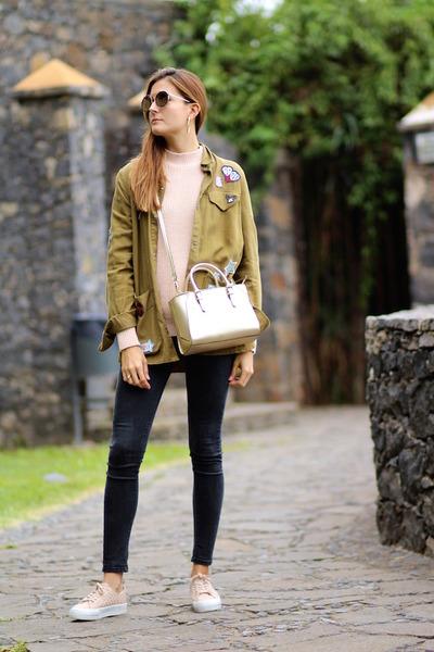 Zara shirt - Guess bag - emporio armani sunglasses - pull&bear sneakers