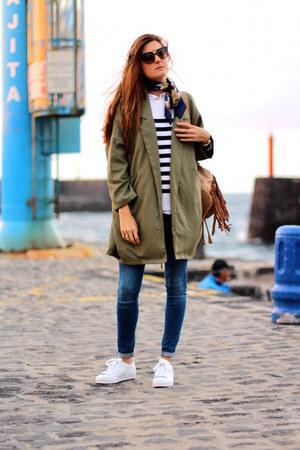 H&M sweater - Sheinside blazer - Dolce & Gabbana sunglasses - Adidas sneakers