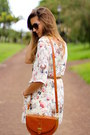Ray-ban-sunglasses-oysho-wedges-tfnc-london-romper