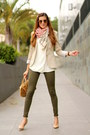 Zara-jeans-michael-kors-bag-gucci-sunglasses-mango-t-shirt