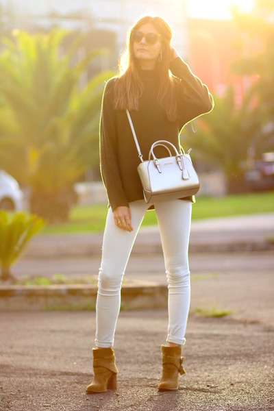 Zara boots - H&M sweater - Guess bag - Fendi sunglasses - Zara panties