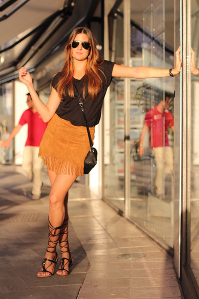 armani bag - pull&bear skirt
