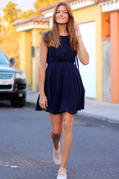 PERSUNMALL dress - Bimba & Lola bag - pull&bear sneakers