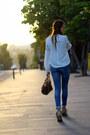 Stradivarius-boots-suiteblanco-jeans-michael-kors-bag-sheinside-blouse