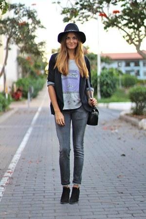 Zara boots - Zara hat - suchn t-shirt