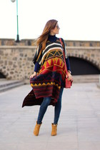 Bershka boots - H&M jeans - imperio clandestino bag - Zara cape