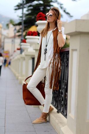 Massimo Dutti bag - Zara panties - Mustang flats - Stradivarius vest
