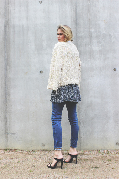 off white IRO jacket - navy Zara jeans - black Zara heels