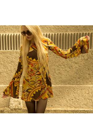 American Gold dress