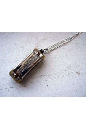 Hohner necklace
