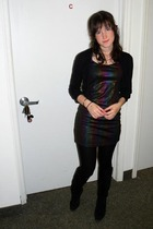 black H&M dress - black liz claiborne boots - black vintage accessories