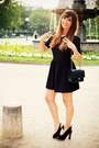 Black-clo-se-dress-black-chanel-bag-black-mina-parikka-pumps