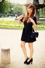 Black-clo-se-dress-black-chanel-bag-black-mina-parikka-pumps
