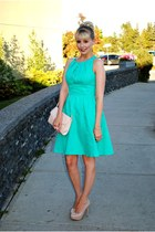 aquamarine Taylor dress - light pink purse - neutral pumps