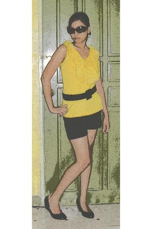 yellowish :)