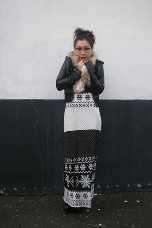black Vero Moda dress - court jacket - H&M scarf