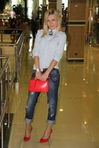 red Zara bag - navy jeans - red 10 cm heels Nine West heels