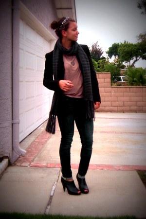 black Forever 21 blazer - black Charlotte Russe shoes - tan Forever 21 shirt