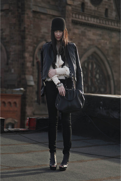 black minimarket hat - black pinkyotto jacket - black Alexander Wang bag - eggsh