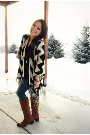 black chevron poncho The Mint Julep sweater