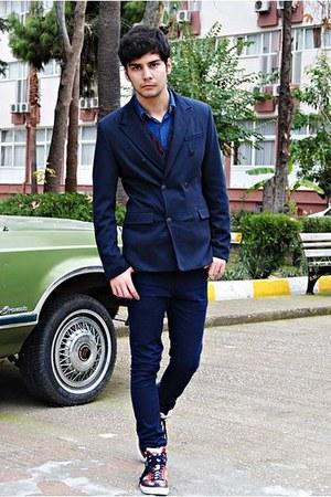 Zara jacket - Zara shirt - Zara sneakers - vintage vest