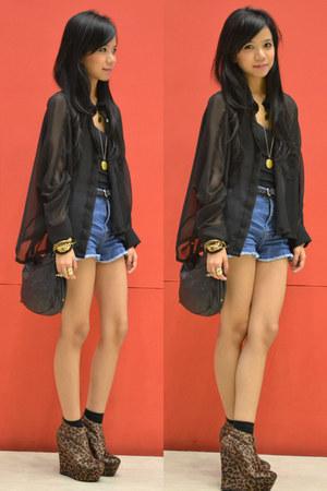 leopard jannilyn wedges - black Mango bag - denim Forever 21 shorts