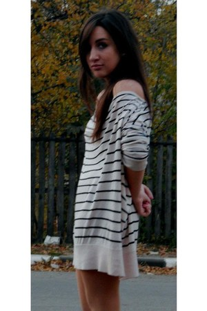 off white hm and white dress