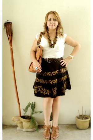 Loft blouse - Buffalo David Bitton skirt - Nature Breeze wedges