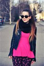 Hot-pink-blouse-black-jacket-hot-pink-floral-pants